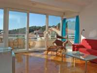 Apartments with spacious terrace (3330T) Makarska Croatia