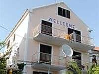 Apartments Villa Welcome holidays at Vrboska island Hvar Croatia