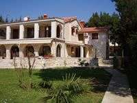 Apartments Villa Jelena accommodation in Medulin, Istria, Croatia