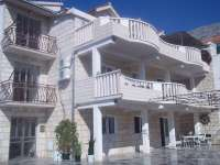 Apartments Marko holidays in Duće near Omiš, Dalmatia, Croatia